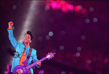 prince rocks our socks at the superbowl. best show ever?